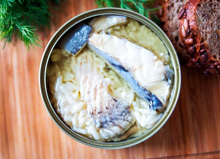 Sturgeon in Olive Oil with Rice, 8.47 oz / 240 g