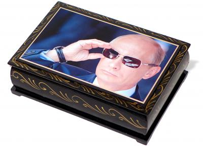 "Chocolate prunes with almonds in a lacquer box ""Putin"", 150 g"